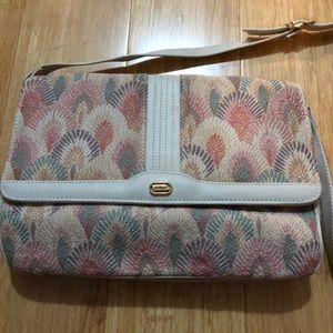 Vintage fabric purse with salmon detailing
